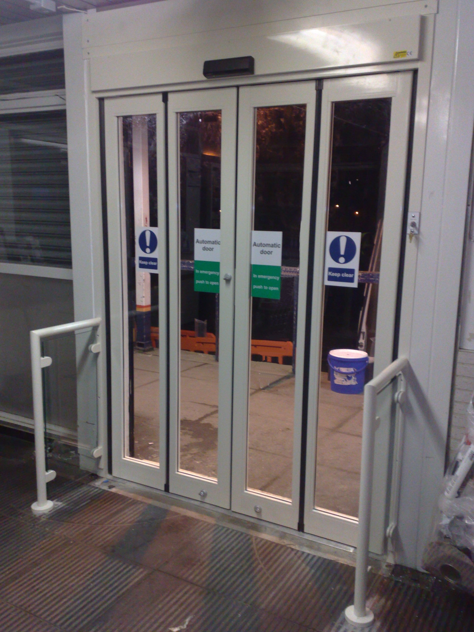 Access Solutions - Automatic Folding Door | ASN Door